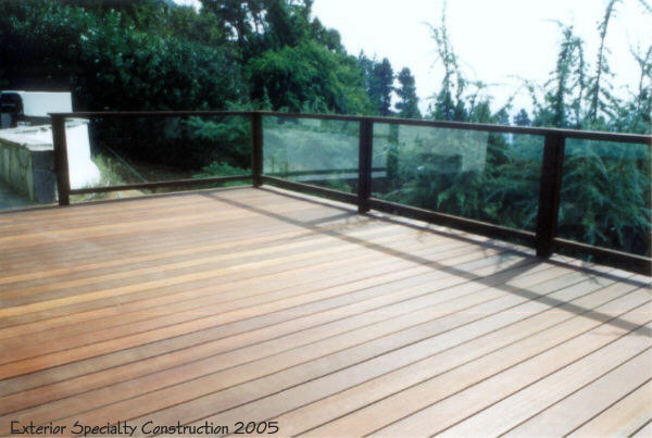 Mangaris deck Hollywood hills