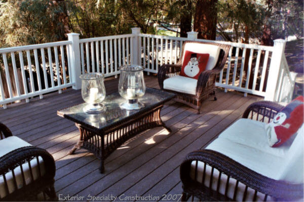 Trex deck with Trex Artisan railing